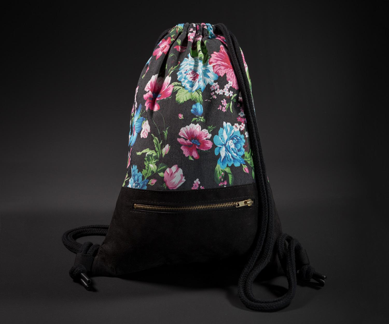 Breitkreuz Turnbeutel aus Leder mit Blumenmuster